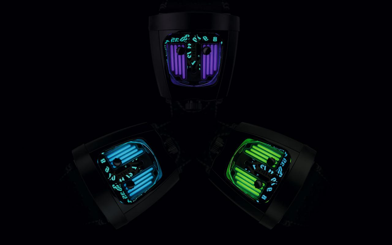 HMX Black Badger, poder luminiscente