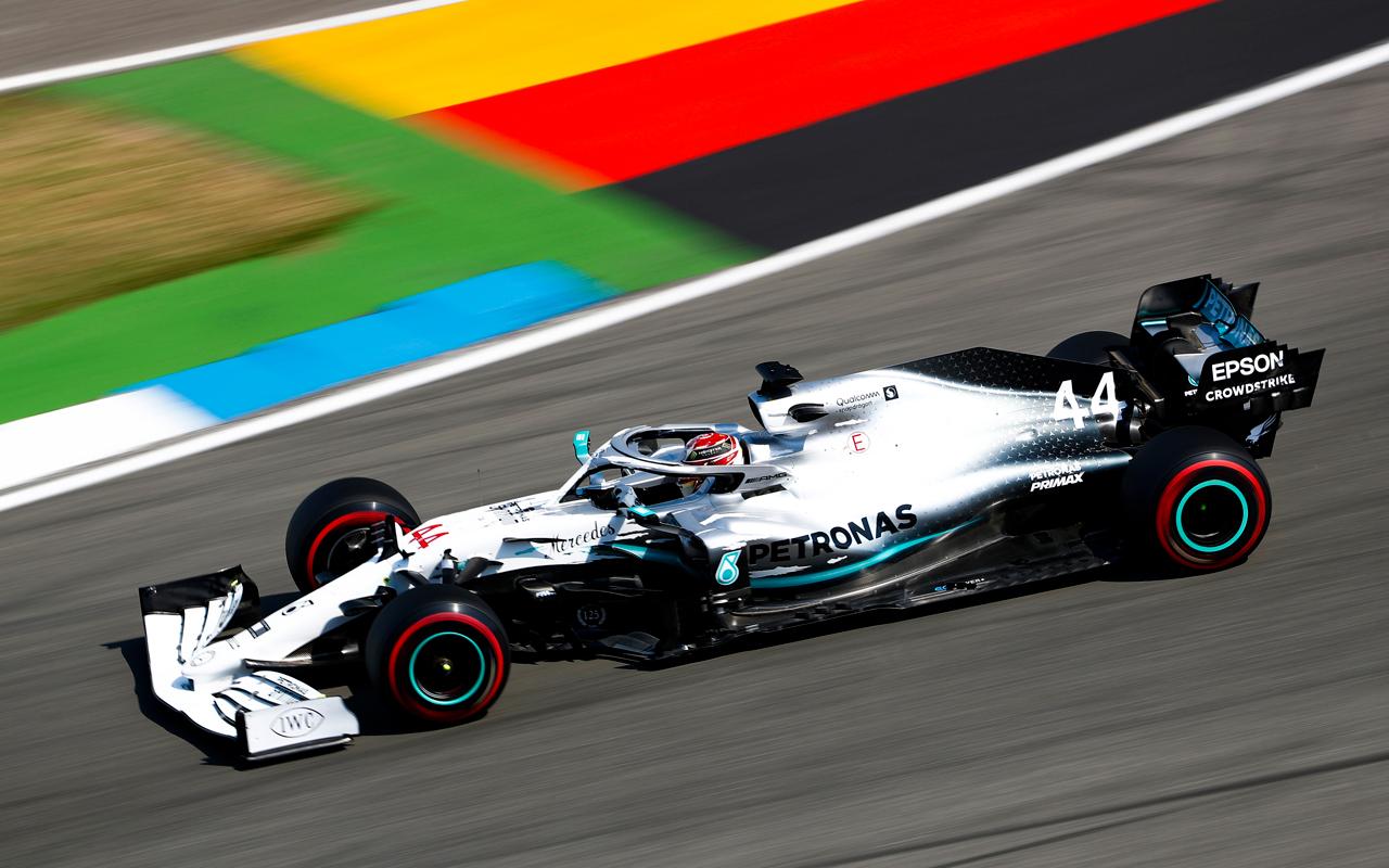 IWC celebra los 125 años de Mercedes-Benz en el automovilismo