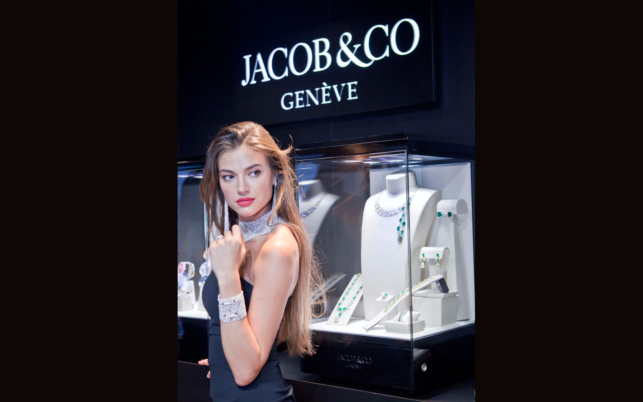 Jacob & Co. exhibe piezas maestras en Porto Cervo