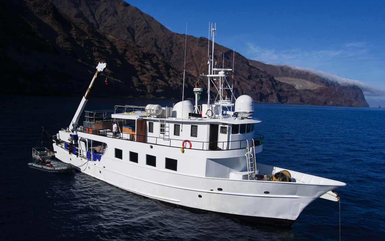 Oris se embarca en una expedición hacia la isla Clipperton