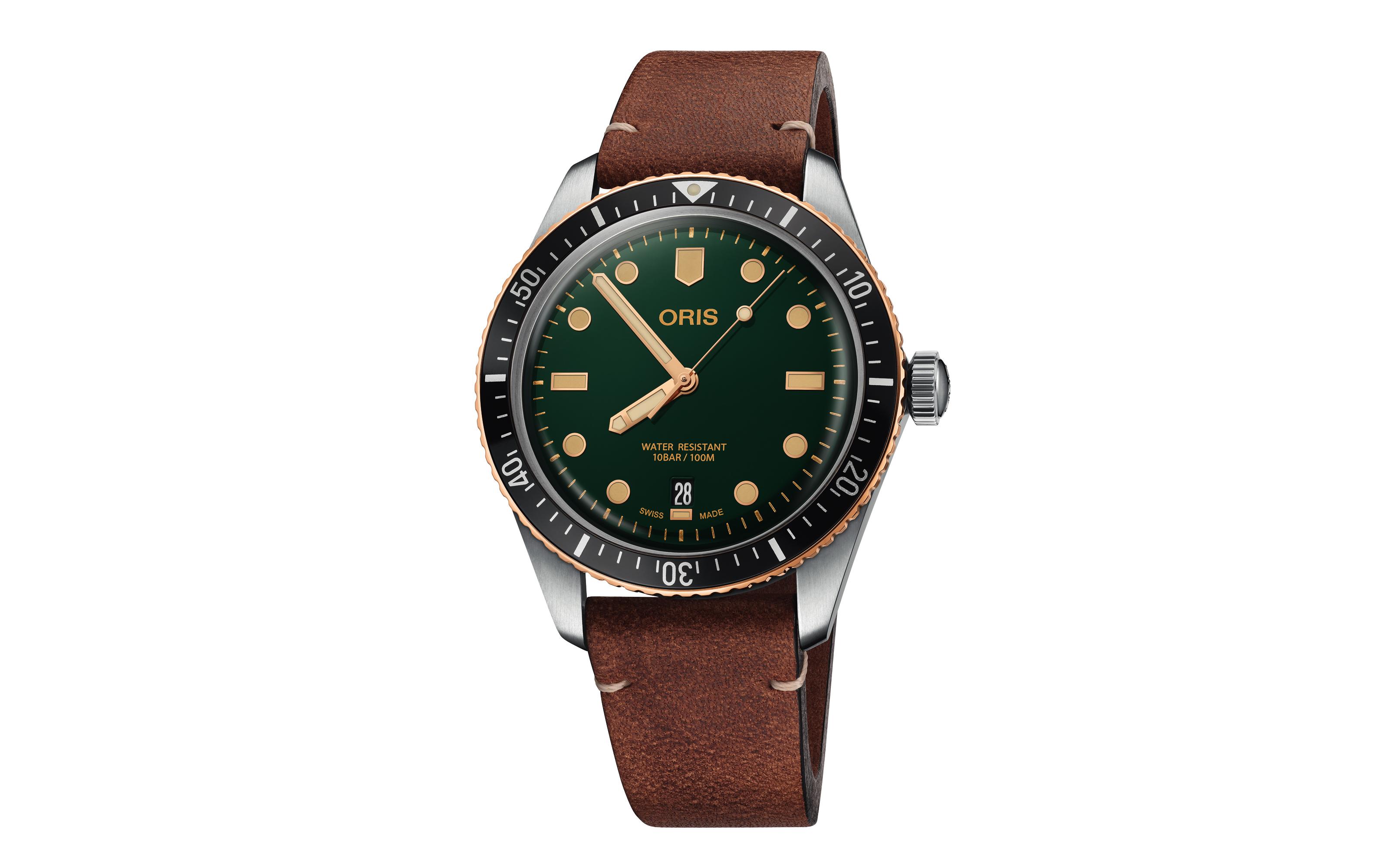 Oris Divers Sixty-Five se viste de verde
