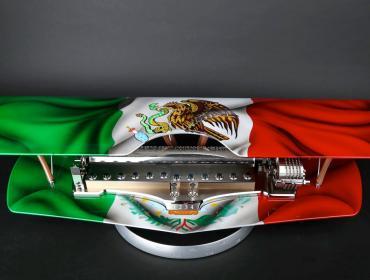 Reuge Music Biplane, homenaje a México