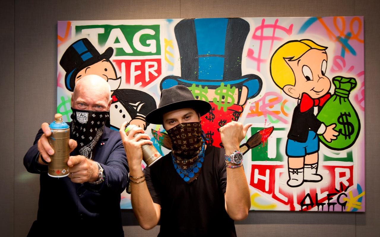 TAG Heuer y Alec Monopoly pintan las paredes del Old Trafford